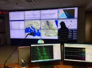 La sala monitoraggio sismico dell'Istituto Nazionale di Geofisica e Vulcanologia (Ingv), 18 gennaio 2017. ANSA / Giulia Pelosi